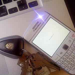 http://www.blackberrygratuito.com/images/02/Flashlight%202%20for%201%20FREE_%20(2).jpg