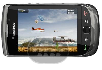Hostile Skies 2: Es un juego de combate de aviones, con un ritmo rápido con diseño colorido increíble. en esta versión trial hay solo 1 modo de juego, y 10 niveles, atrapa los bonos que le ayudarán en la batalla para pasar el nivel en el que no sólo debe hacer brevemente el trabajo de los enemigos, pero aterrizar el avión también. Características 1 modos de juego, 1 lugares 10 niveles 1 niveles de jefe buena ingeniería del comportamiento de los enemigos Los diferentes tipos de armas (balas, bombas, cohetes, multishot) Compatibilidad BlackBerry OS 5.0 o Superior BlackBerry 85xx, 89xx,