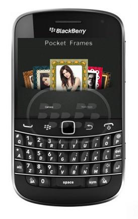 Camera Frame: es una aplicación decorativa que le permite agregar marcos a sus fotografias, dandole asi un toque personalizado. Esta versión gratuita tiene un número limitado de marcos disponibles. Compatibilidad BlackBerry OS 5.0 o Superior BlackBerry 85xx, 89xx, 9000, 91xx, 9220, 93xx, 95xx, 96xx, 97xx, 98xx, 99xx Descarga BlackBerry World Fuente:blackberrygratuito