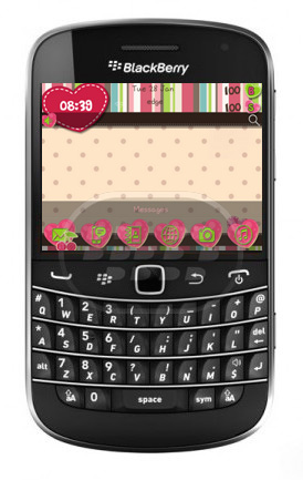 Se acerca el mes del amor y amistad, demuestrelo con este bonito tema para chicas, con muchas características interesantes a la vista: pantalla de inicio totalmente personalizada, utiliza SVG. (Vertical / Horizontal), amistoso con fondos de pantalla, batería y medidor de señal son personalizados. Compatibilidad BlackBerry OS 5.0 – 7.1 BlackBerry 85xx, 9220, 93xx, 9650, 97xx, 98xx, 99xx Descarga BlackBerry World