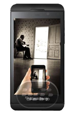 """Esta aplicación le permite puede grabar vídeos sin necesidad de mostrar en pantalla lo que esta grabando, desviando la atención de otros. Usted puede elegir la cámara frontal o trasera, encuentre todos los videos en la carpeta llamada """"Spy Cam"""". Por motivos de seguridad se añaden las siguientes características 1 – La aplicación se descarga en el dispositivo con el nombre de """"Random Themes"""", para que otras personas no serían capaces de reconocerlo.2 – Cada vez que el usuario tendrá un tema diferente cuando se abre la aplicación.3 – Para fotografiar un usuario de vídeo tiene que aprovechar, ya sea"""